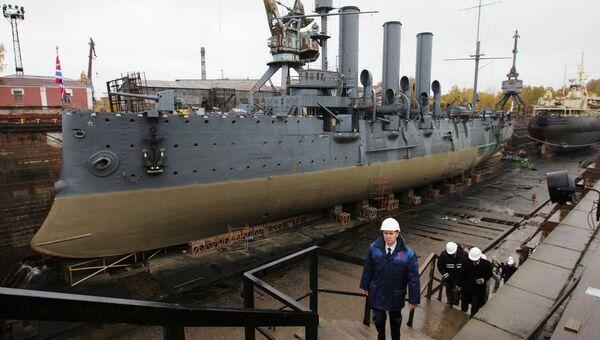 Ремонт крейсера Аврора. Архивное фото