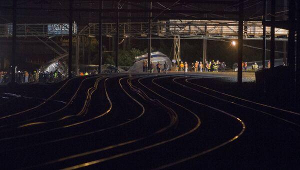Место крушения пассажирского поезда Amtrak в Филадельфии