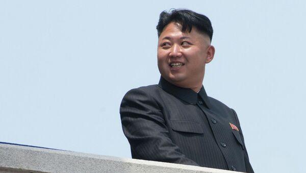 Первый секретарь Центрального комитета Трудовой партии Кореи Ким Чен Ын во время военного парада