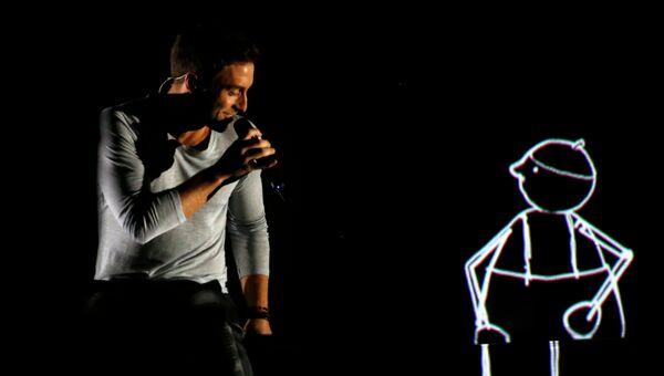 Монс Петтер Альберт Сален Зелмерлев из Швеции выступает в финале конкурса Евровидение