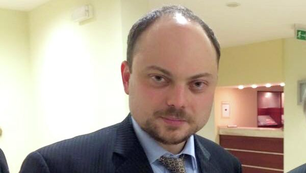 Журналист Владимир Кара-Мурза и Витаутас Ландсбергис