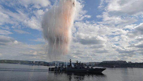 Большой противолодочный корабль Североморск во время праздничного парада в День ВМФ на главной базе Северного флота в Североморске. Архивное фото