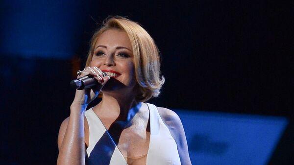 Певица Анжелика Варум на концерте победителей и номинантов Премии МУЗ-ТВ 2015