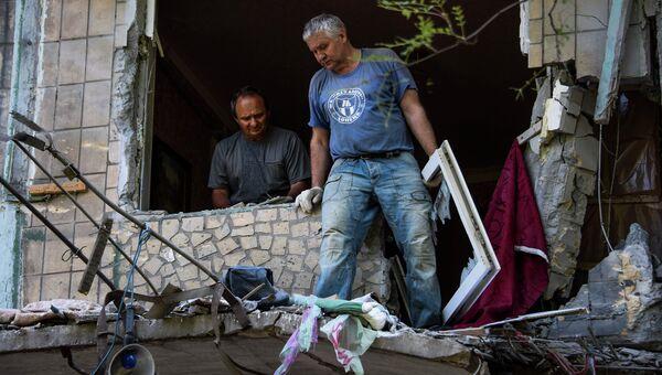 Жилой дом, поврежденный в результате обстрела Горловки, Украина. Архивное фото