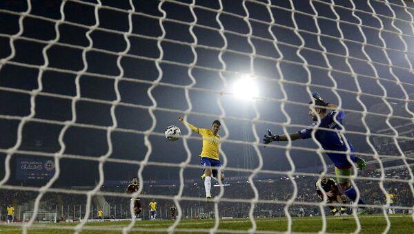 Матч с участием сборной Бразилии, архивное фото