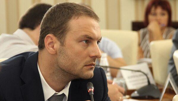 Министр промышленной политики Республики Крым Андрей Скрынник. Архивное фото