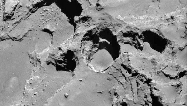 Изображение поверхности кометы 67P/Чурюмова-Герасименко
