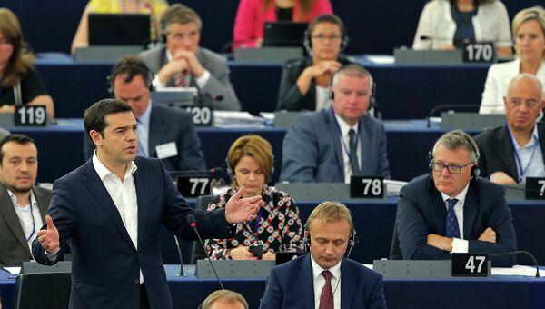 Премьер-министр Греции Алексис Ципрас на заседании Европейского парламента в Страсбурге. 8 июля 2015