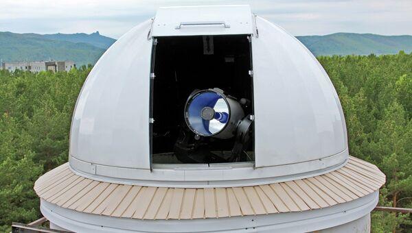 Телескоп, архивное фото