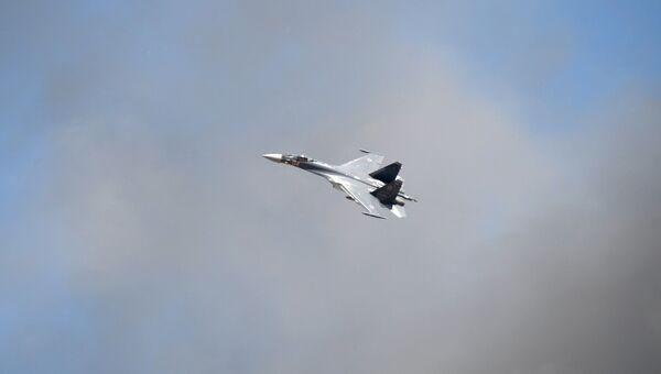 Истребитель-бомбардировщик Су-32, архивное фото