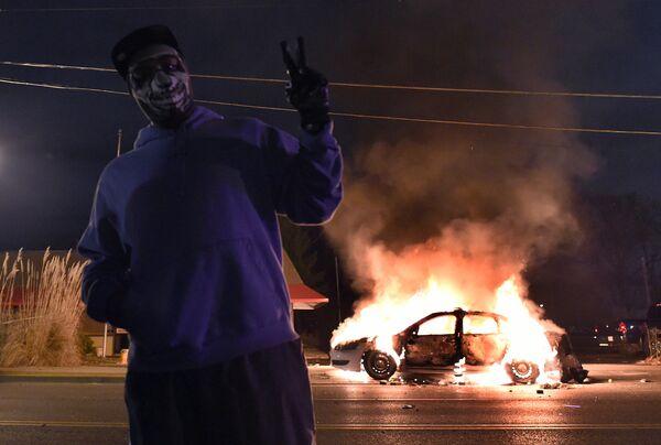 Ноябрьские беспорядки в городе Фергюсон, США