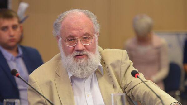 Глава Центральной избирательной комиссии РФ Владимир Чуров