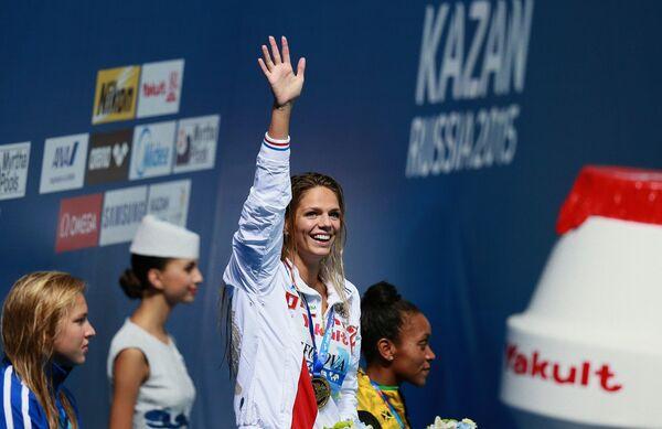 Юлия Ефимова (Россия), завоевавшая золотую медаль на дистанции 100 м брассом среди женщин на FINA 2015