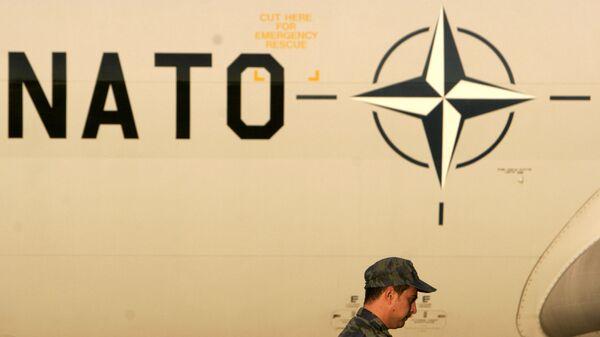 Самолет на базе НАТО в Западной Греции. Архивное фото