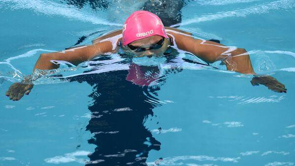 Юлия Ефимова (Россия) на дистанции 200 м брассом в квалификации на XVI чемпионате мира по водным видам спорта в Казани