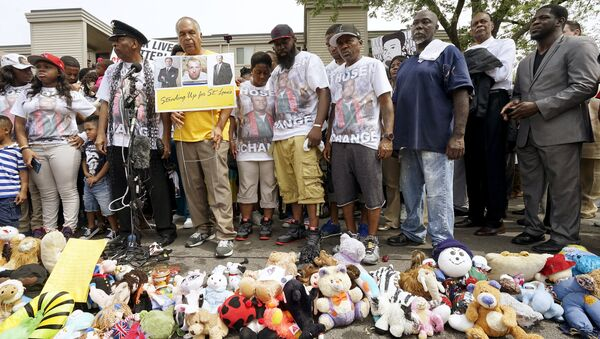 Акция памяти афроамериканца Майкла Брауна в Фергюсоне