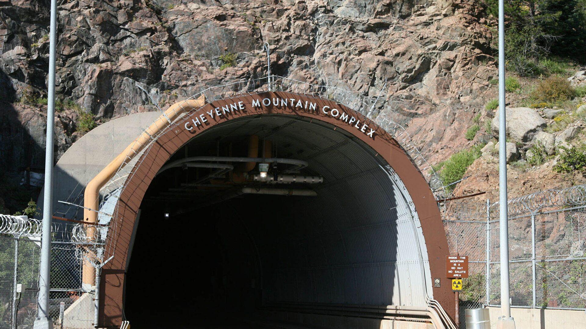 Подземный комплекс NORAD в горе Шайенн, Колорадо - РИА Новости, 1920, 24.02.2021