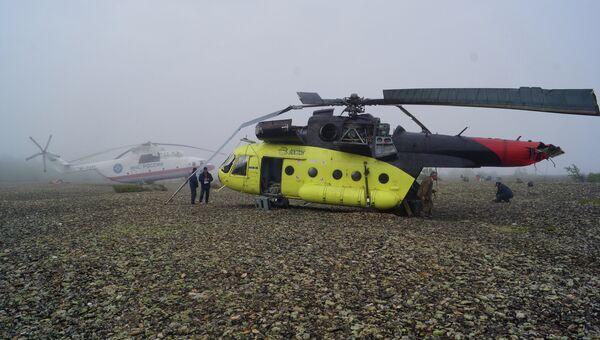 Поисково-спасательная операция на месте крушения вертолёта Ми-8 в Хабаровском крае