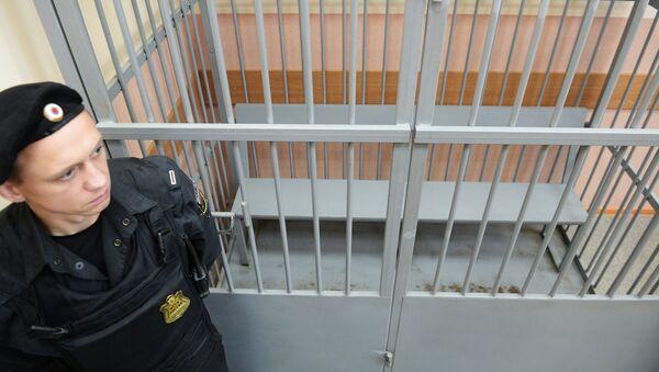 Клетка для обвиняемых в зале Судогодского районного суда Владимирской области. Архивное фото