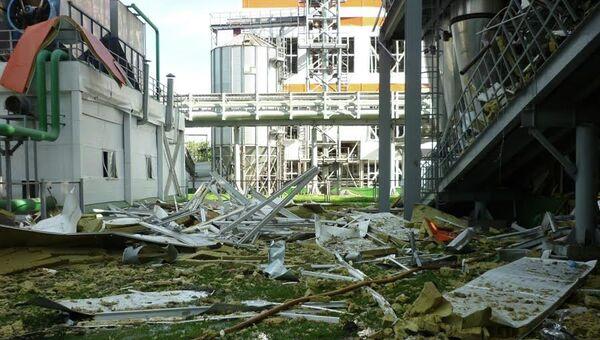 На месте взрыва на маслобойном заводе в поселке Затонский Балаковского района Саратовской области