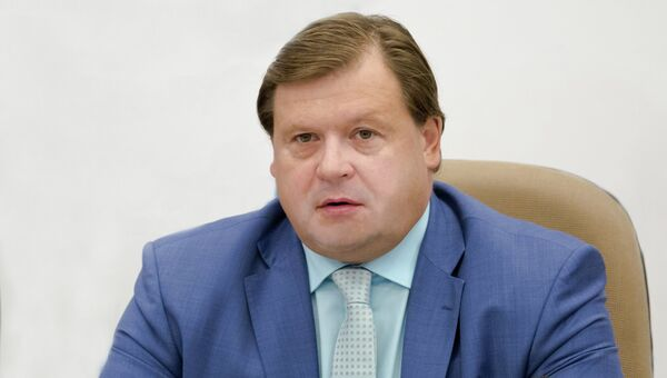 Генеральный директор ОАО ПО Кристалл Максим Шкадов
