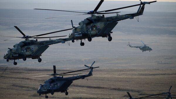 Министр обороны РФ С.Шойгу прибыл на Донгузский полигон, где проходят учения Центр-2015