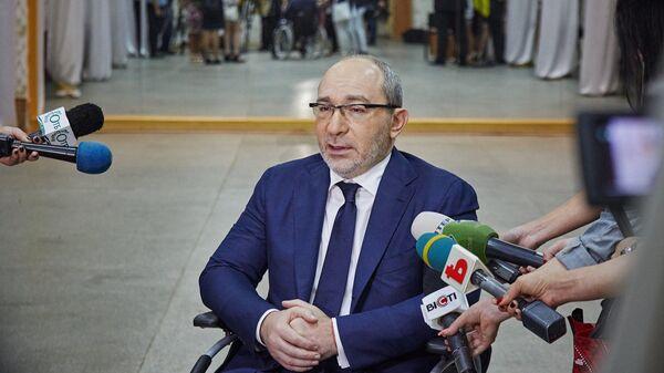 Мэр Харькова Геннадий Кернес общается с журналистами