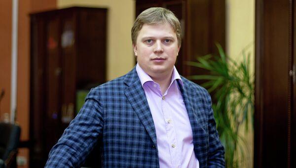Директор ГК Обувь России Антон Титов