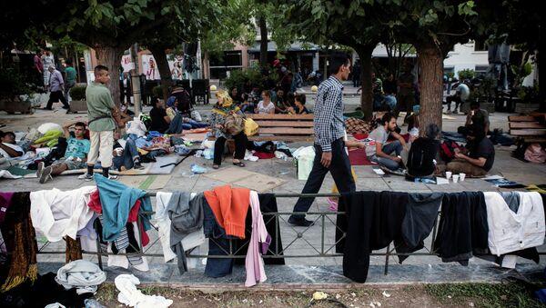 Беженцы из Афганистана на площади Виктории в Афинах. Архивное фото