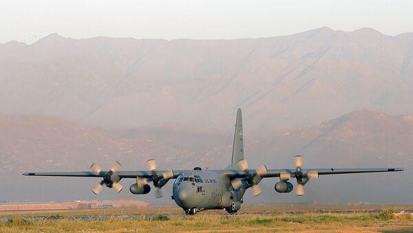 Американский военно-транспортный самолет С-130. Архивное фото