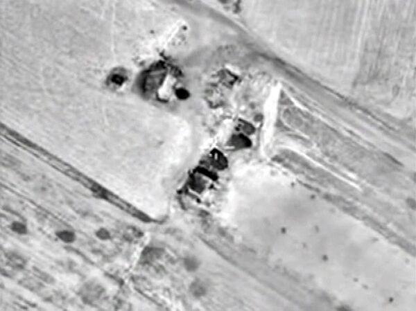 Самолеты российских Воздушно-космических сил нанесли точечные удары по базе приема и подготовки боевиков в провинции Дамас