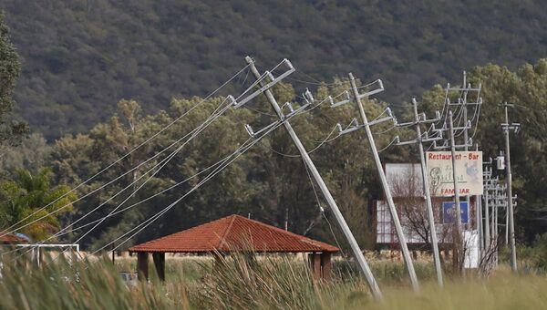 Линии электропередачи, поврежденные во время прохождения урагана Патрисия