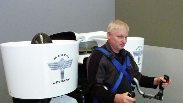 Гленн Мартин, изобретатель Martin Jetpack — персонального летательного аппарата вертикального взлета и посадки. Архивное фото