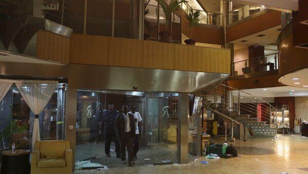 Отель Radisson в Бамако после захвата боевиками заложников, 20 ноября 2015