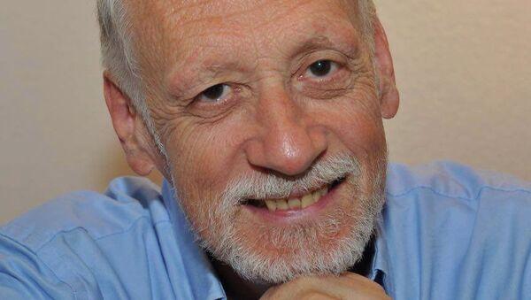 Швейцарский физик Николя Жизан
