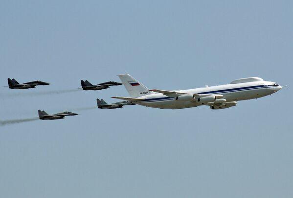 Воздушный командный пункт Ил-80 (Ил-86 ВКП) и истребители МиГ-29