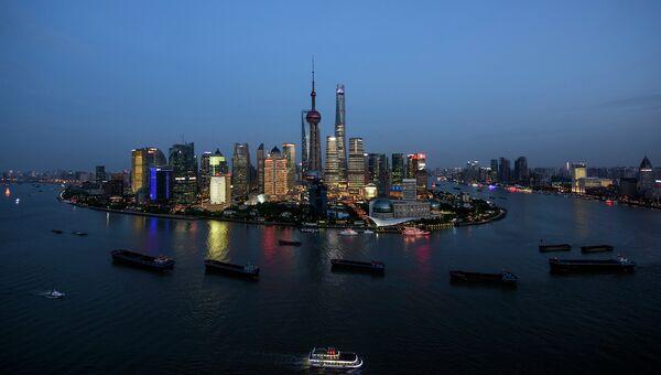 Небоскребы в Шанхае. Архивное фото