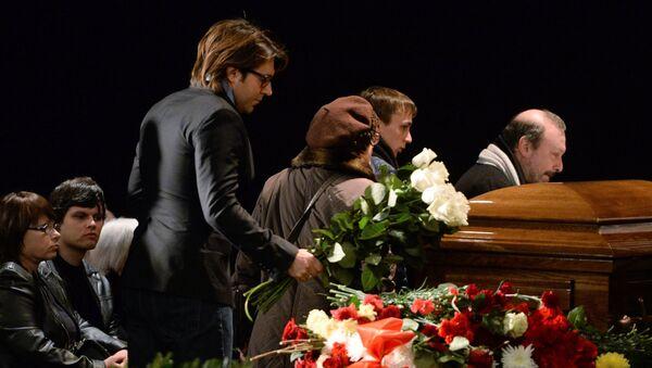 Телеведущий Андрей Малахов на церемонии прощания с кинорежиссером Эльдаром Рязановым