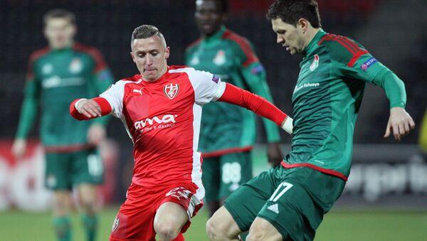 Матч Лиги Европы УЕФА между ФК Скендербеу и ФК Локомотив в Эльбасане
