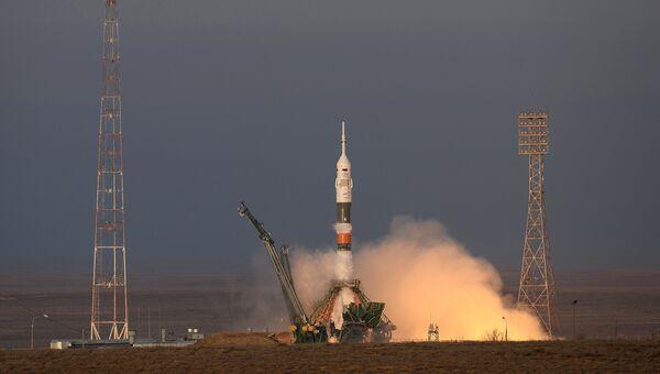 Старт космического корабля Союз ТМА-19М с космодрома Байконур