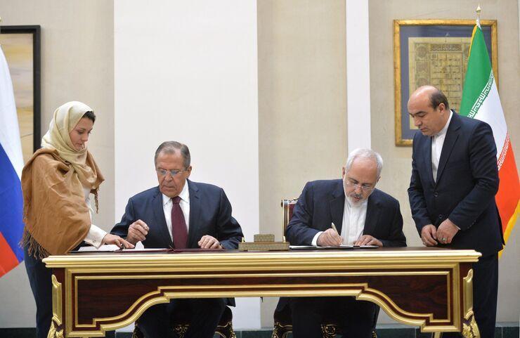 Министр иностранных дел РФ Сергей Лавров и министр иностранных дел Ирана Мохаммад Джавад Зариф