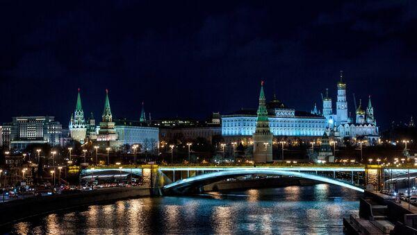 Вид на Московский Кремль с Патриаршего моста. Архивное фото