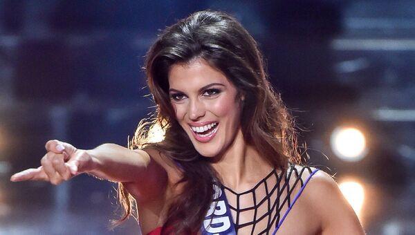 Мисс Нор-Па-де-Кале Ирис Миттенар на конкурсе Мисс Франция-2016