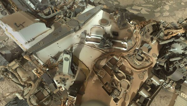 Фотография спины марсохода