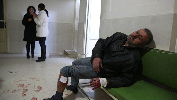Постадавшие от взрыва граждане в больнице Камышлы, Сирия