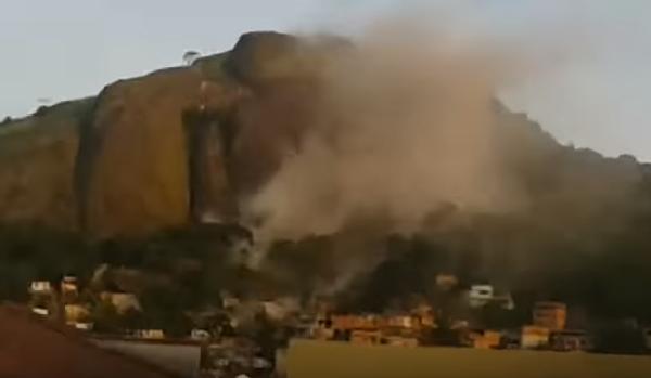 В Бразилии кусок скалы обвалился на жилой район. ВИДЕО