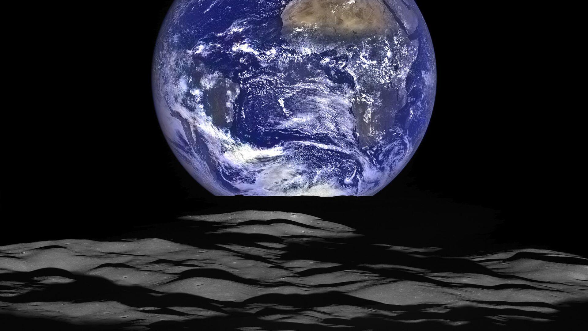 Снимок планеты Земля с орбиты Луны - РИА Новости, 1920, 03.01.2021
