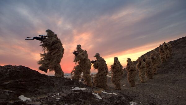 Солдаты Народно-освободительной армии Китая на тренировке. Архивное фото