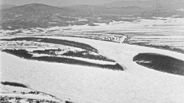 Вид на остров Даманский на реке Уссури. Архивное фото