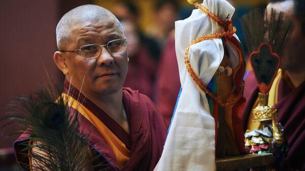 Лама Буда Бадмаев , настоятель Санкт-Петербургского дацана Гунзэчойнэй